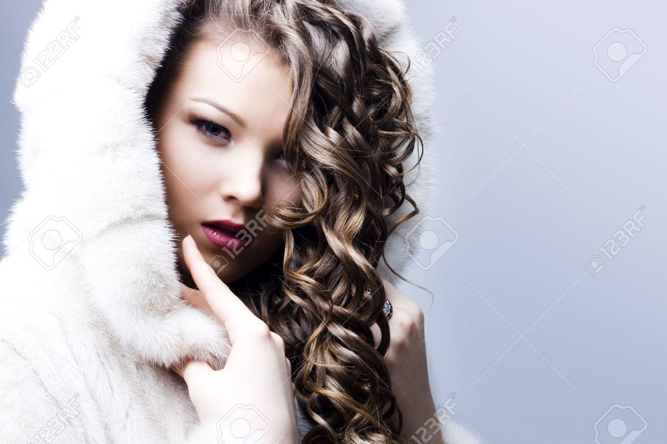 portrait of a beautiful lady in fur coat Stock Photo - 6834708