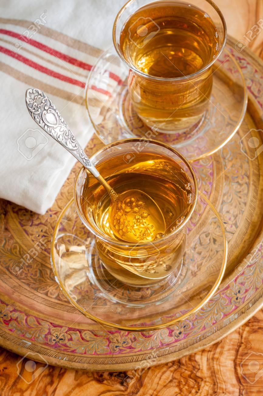Türkischen Apfeltee Ein Apfel Aromatisierte Getränke Lizenzfreie ...