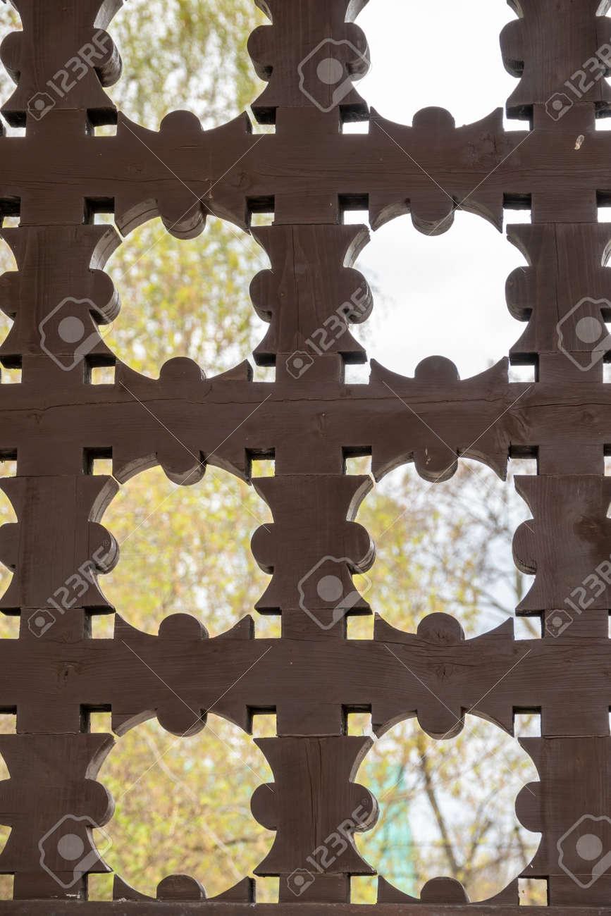 Wooden lattice on the gates in Kolomenskoye. Kolomenskoye, Moscow, Russia - 170095188