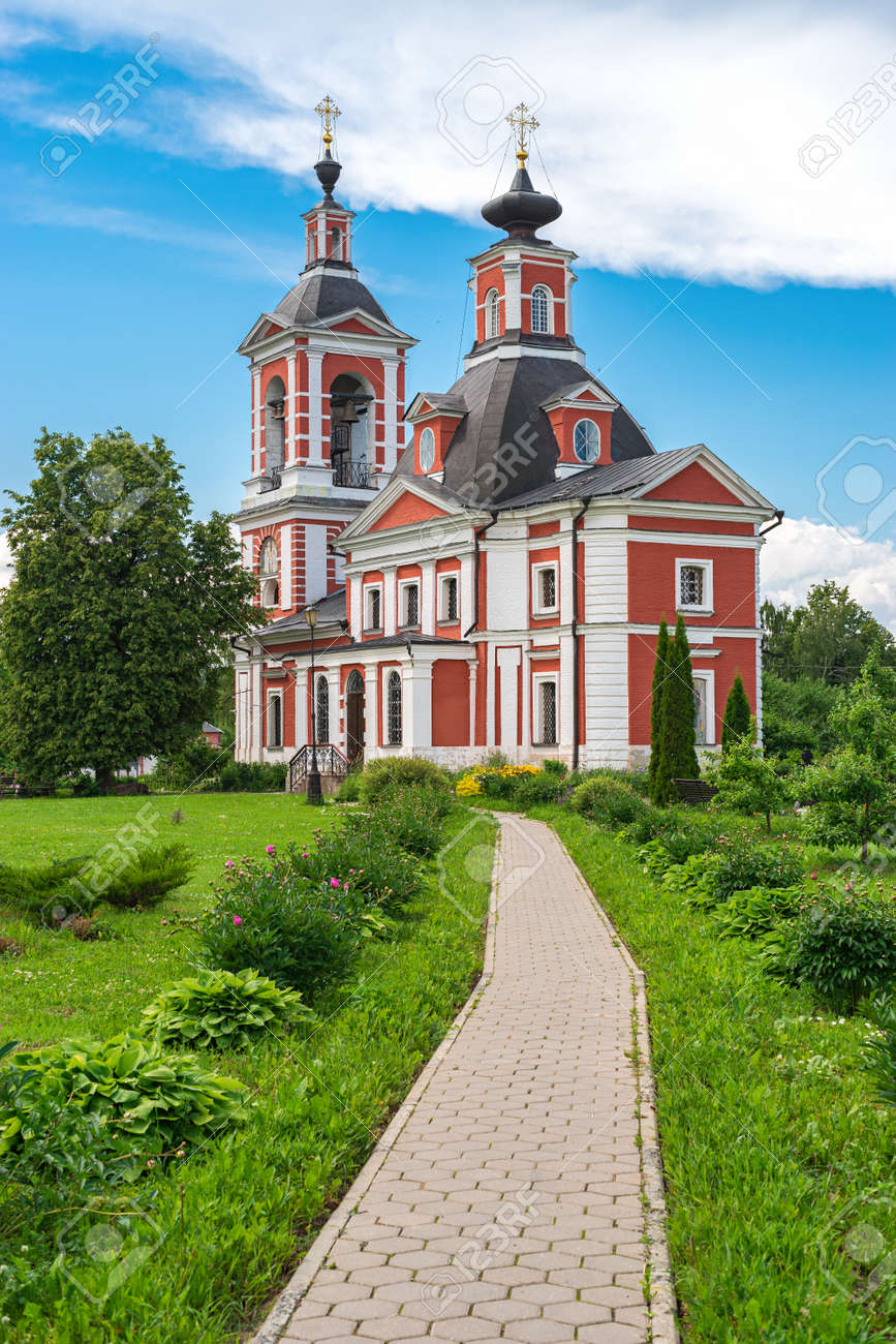 Church of the Kazan Icon of the Mother of God - Orthodox Church in Puchkovo - 171162982
