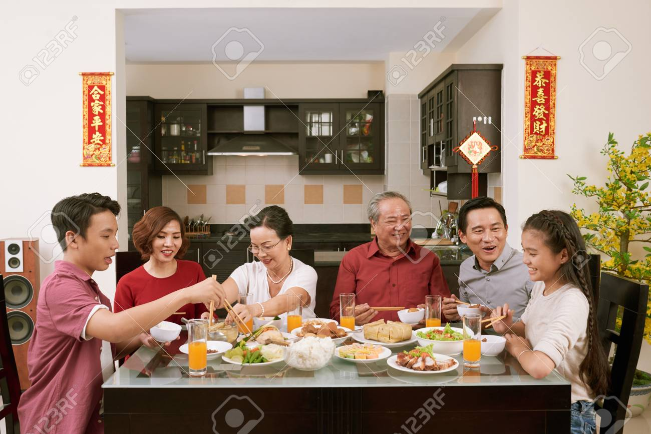 Big family celebrating Tet - 113460682