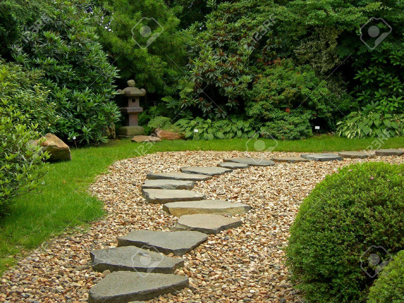 jardines japoneses camino del zen en un jardn botnico japons en praga