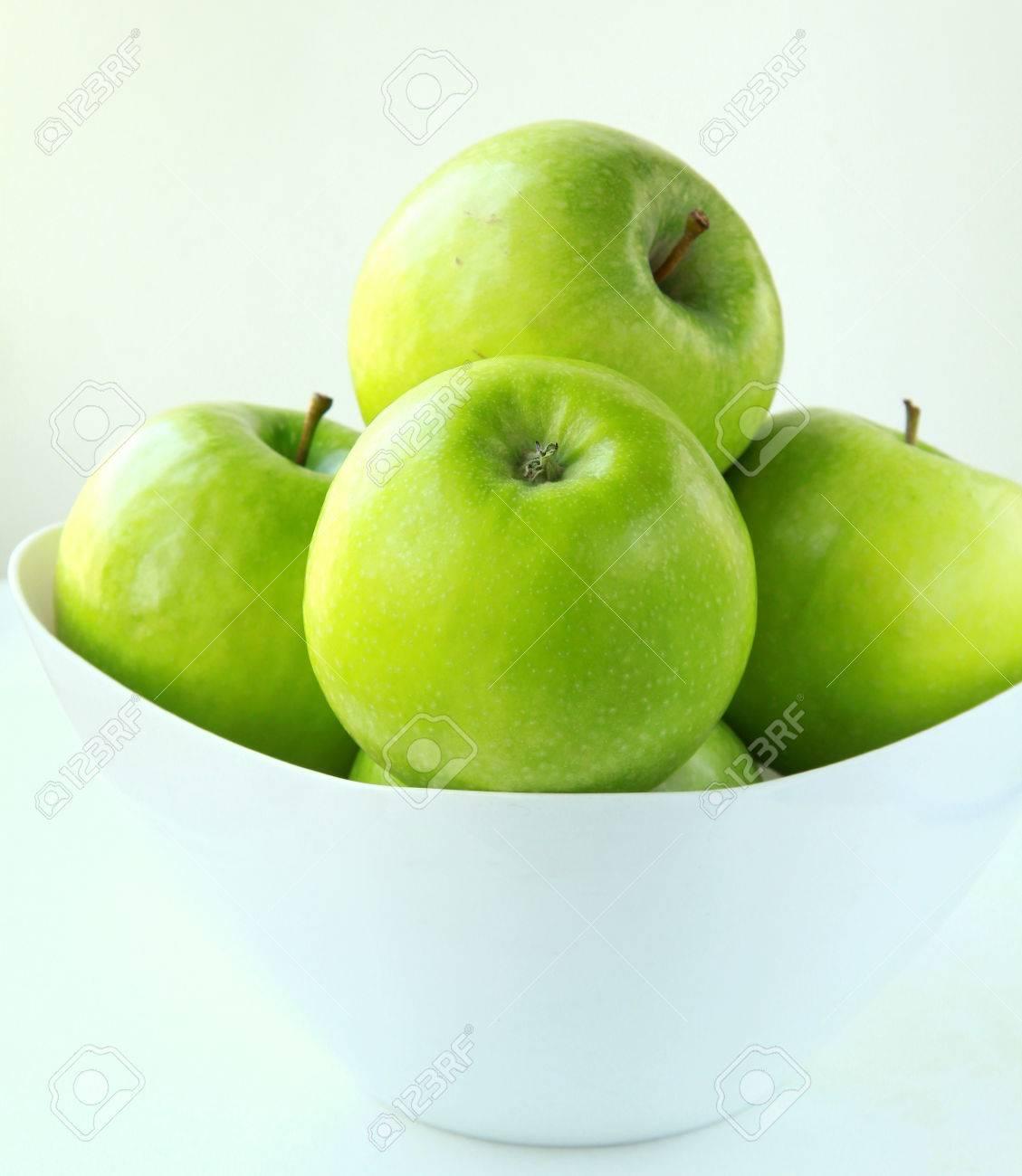 Stylish green Granny Smith apples Stock Photo - 9261962