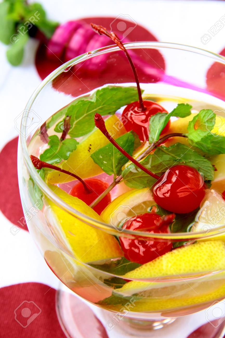 summer drink sangria with fruit in a large glass Stock Photo - 9736371