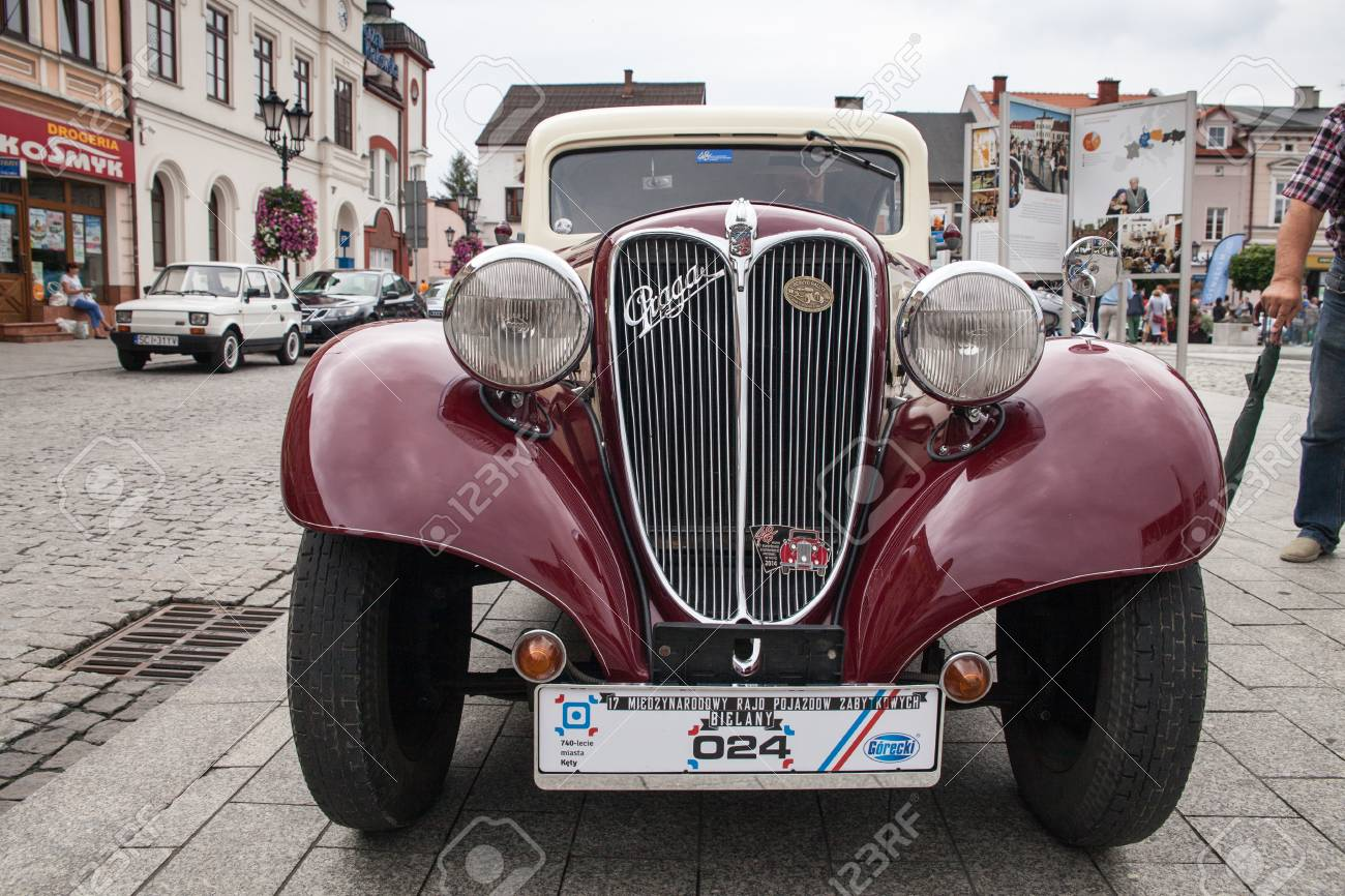 Old Car Praga, Front View, Retro Design Car. Exhibition Of Vintage ...