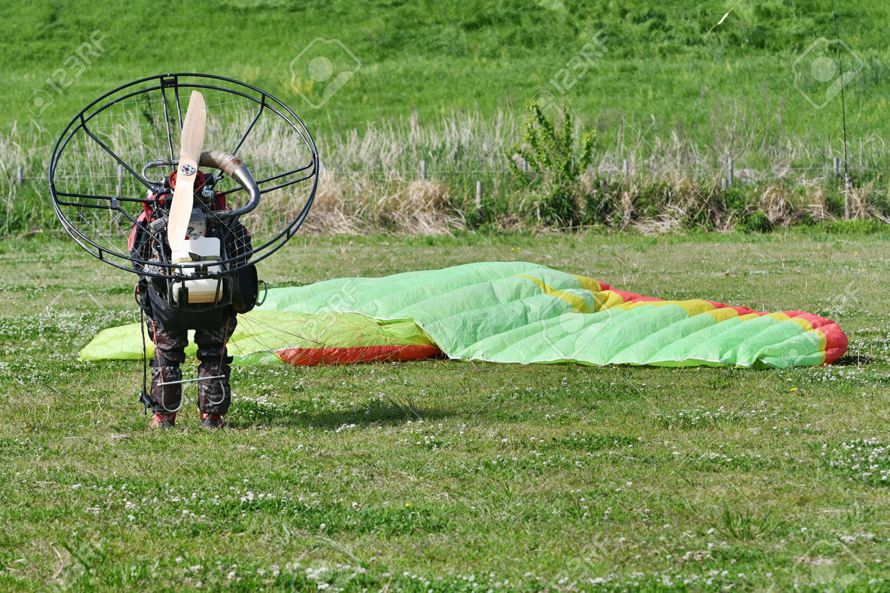 Motor paraglider ready for takeoff - 169893953