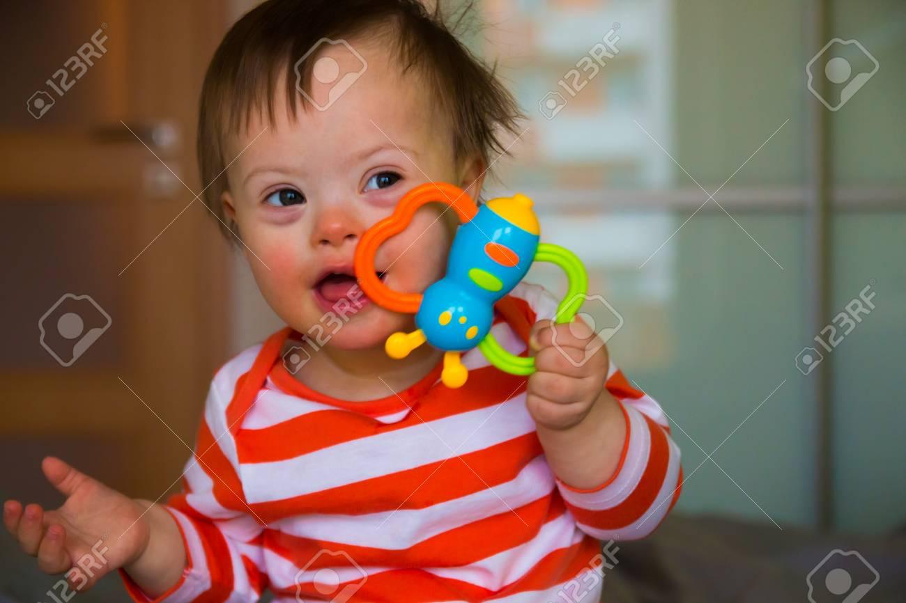 赤ちゃん 画像 可愛い