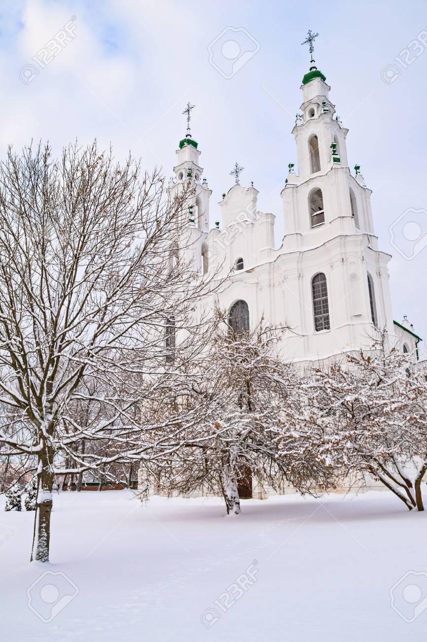 冬の聖ソフィア大聖堂積雪ポラツ...