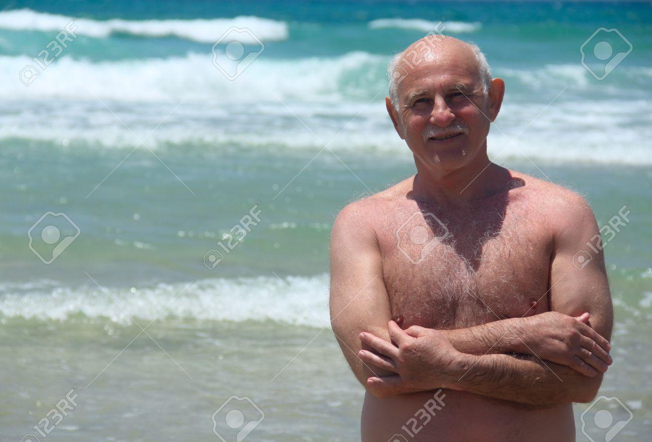 Матуре сосет на пляже фото 351-791