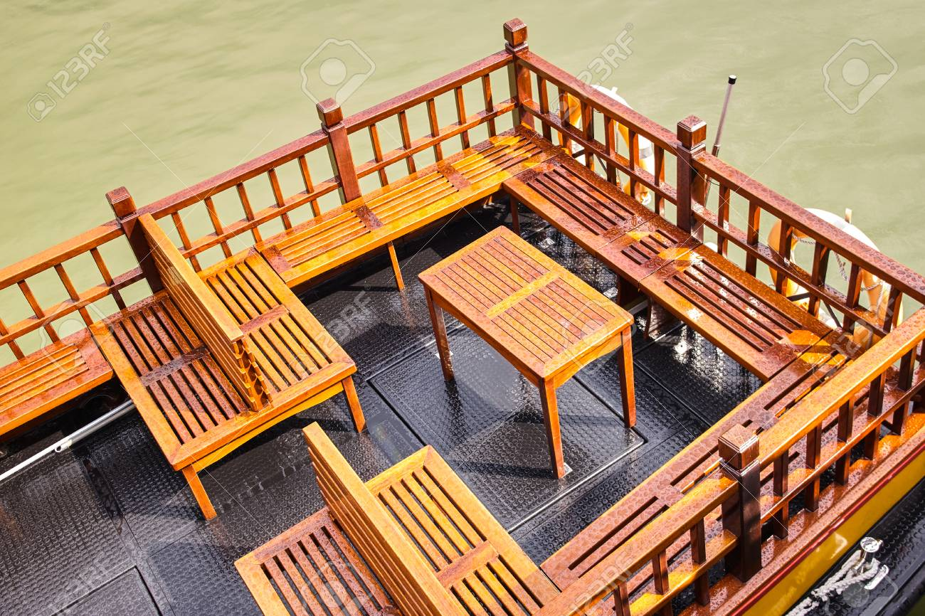 Astounding Boat Wooden Bench After Rain Evergreenethics Interior Chair Design Evergreenethicsorg
