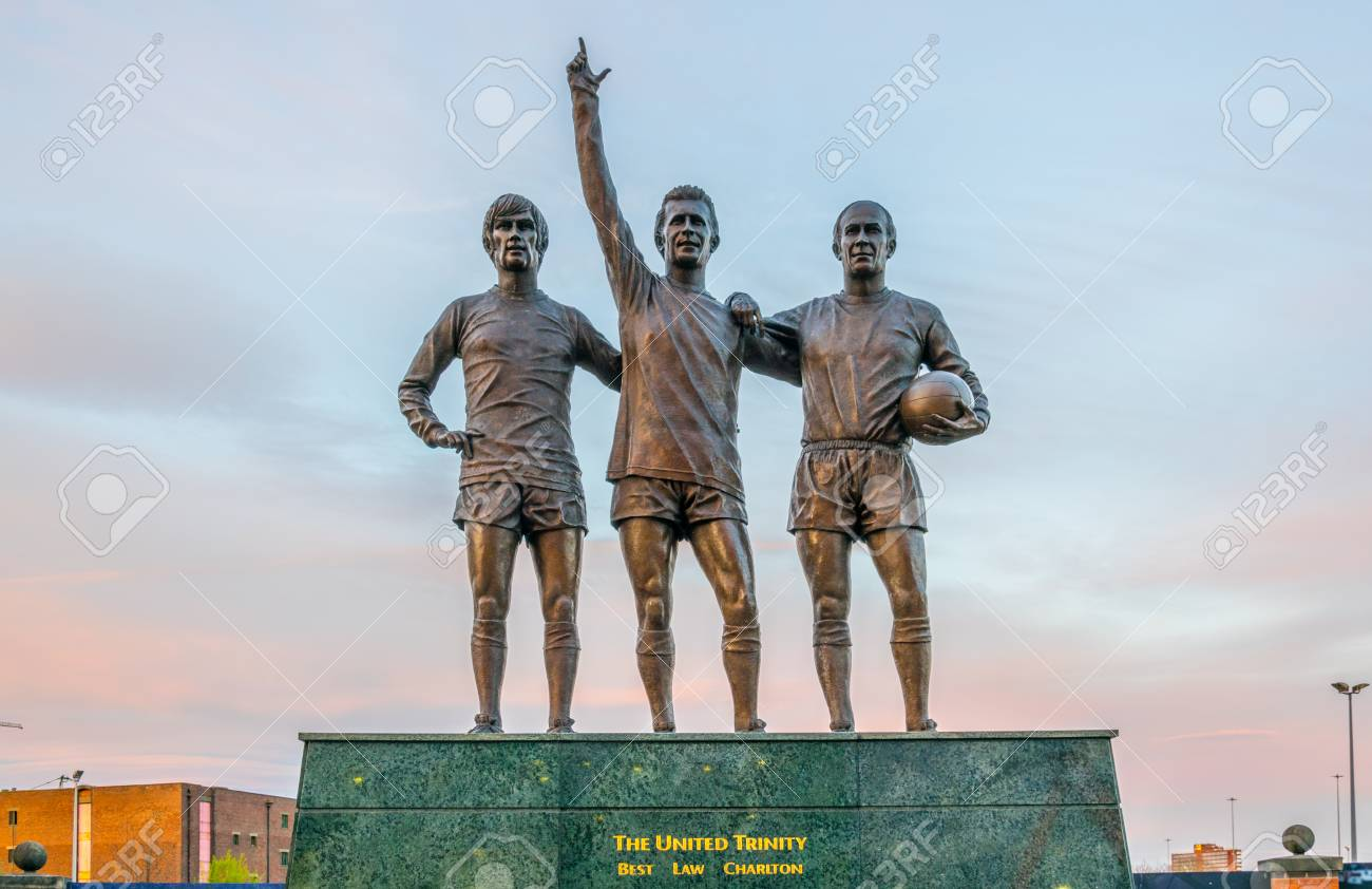 9+ Manchester United Stadium Front