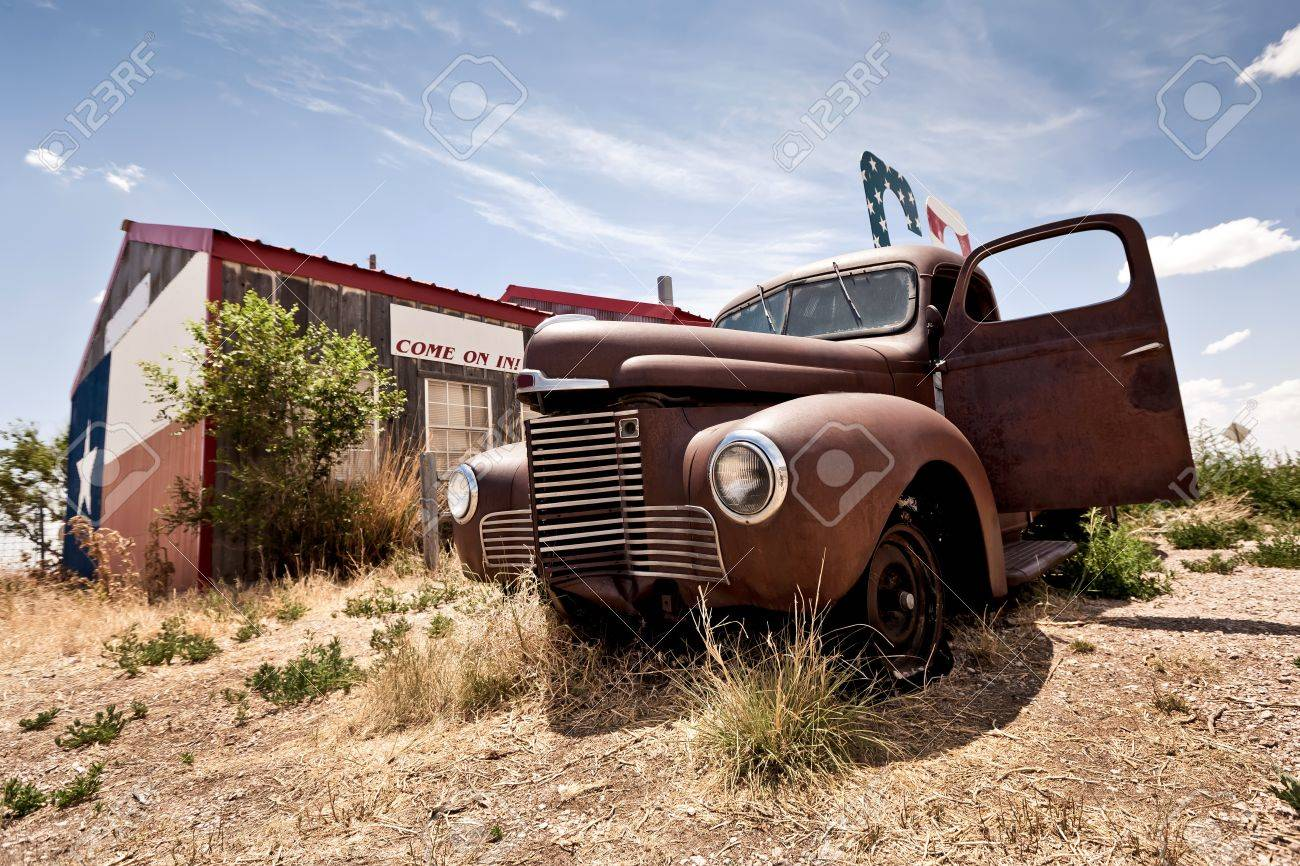 Abandoned restaraunt on route 66 road in USA - 12440213