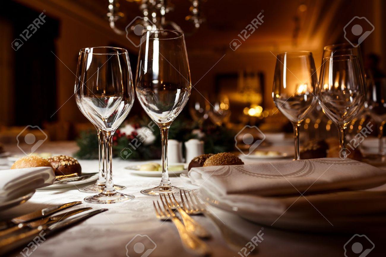Fancy restaurant table setting - Fine Dining Table Setting For Celebration