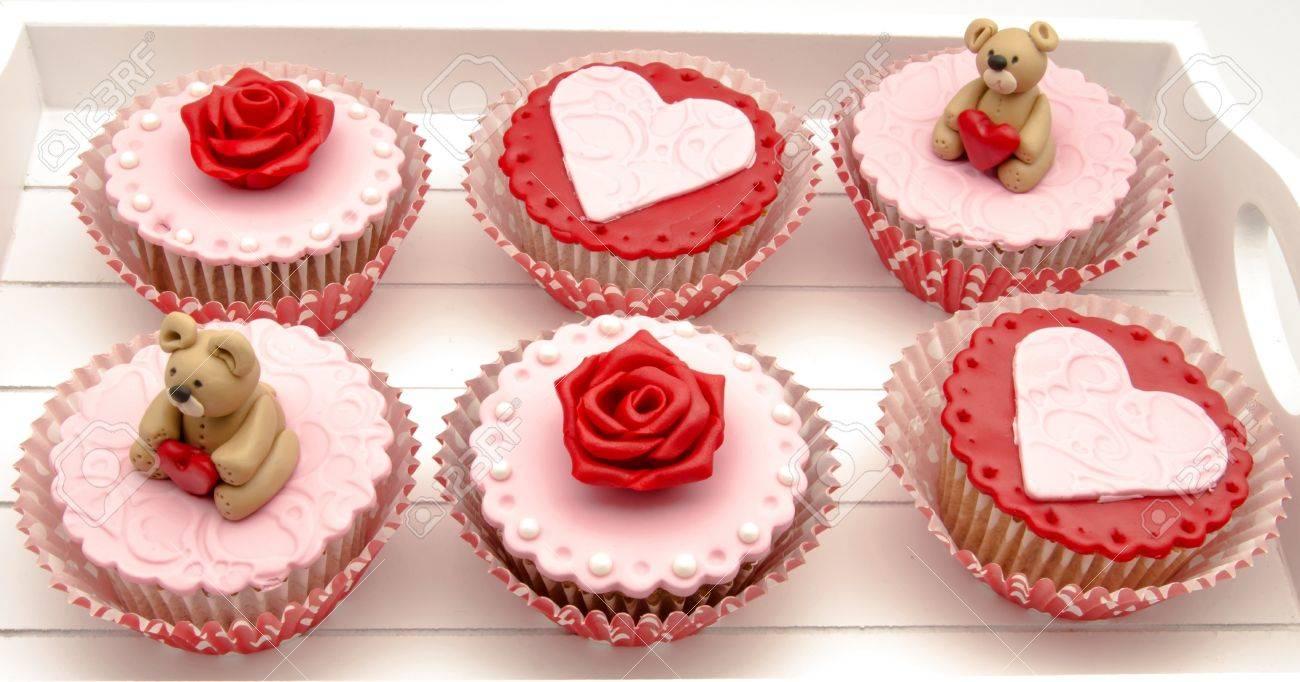 Valentine cupcakes Stock Photo - 17308271