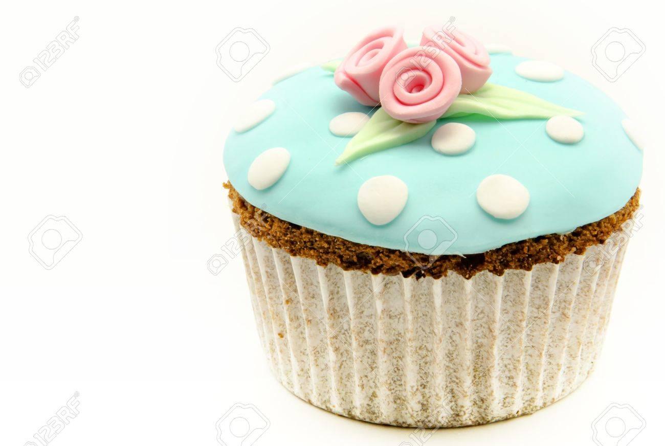 Valentine cupcakes Stock Photo - 17481933