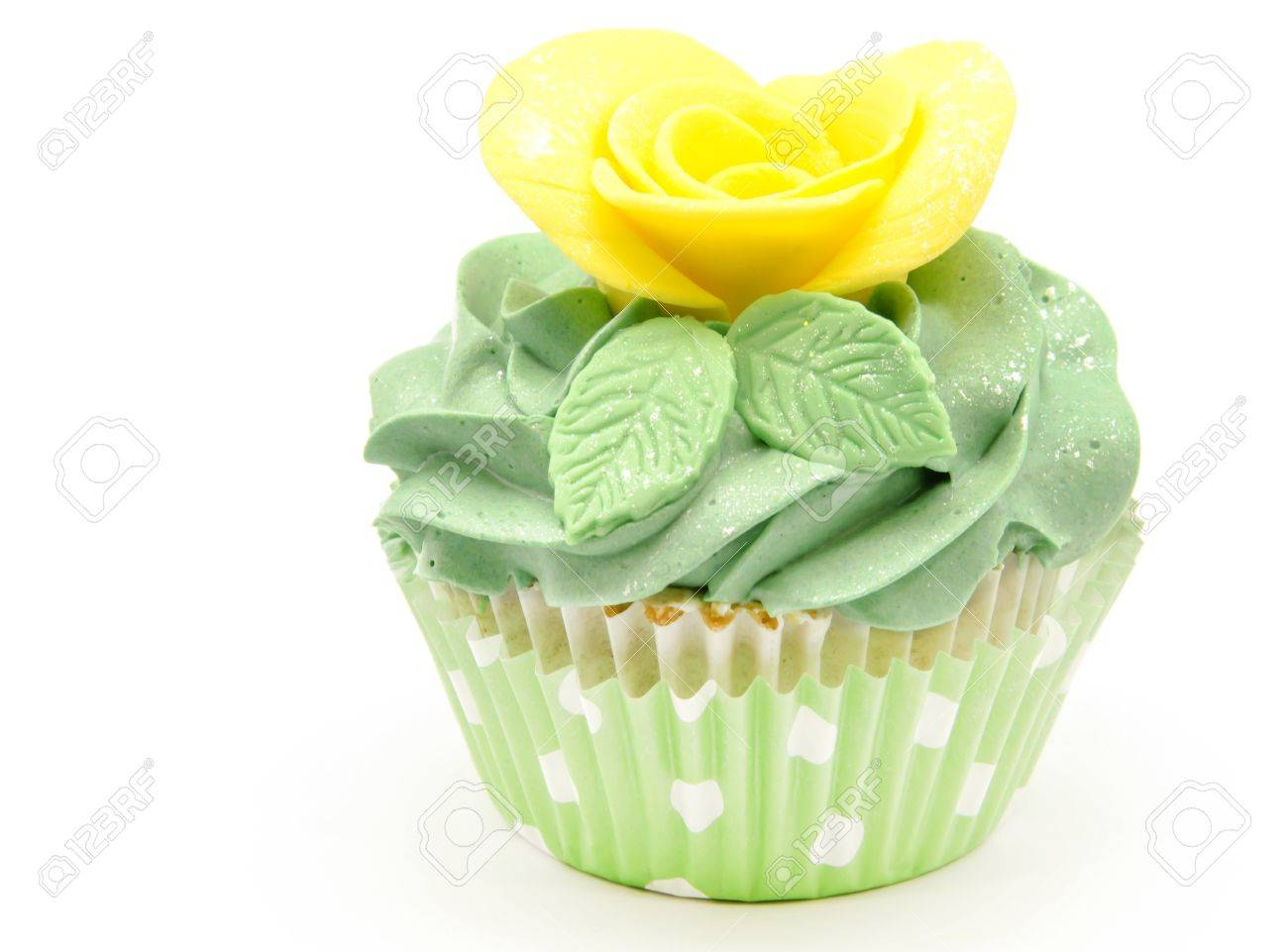 Cupcakes decorated with butter cream and flowers Stock Photo - 19256058