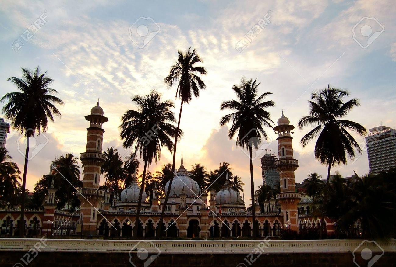 Informations utiles avant de partir Malaisie : formalités dentrée, passeport ou carte.