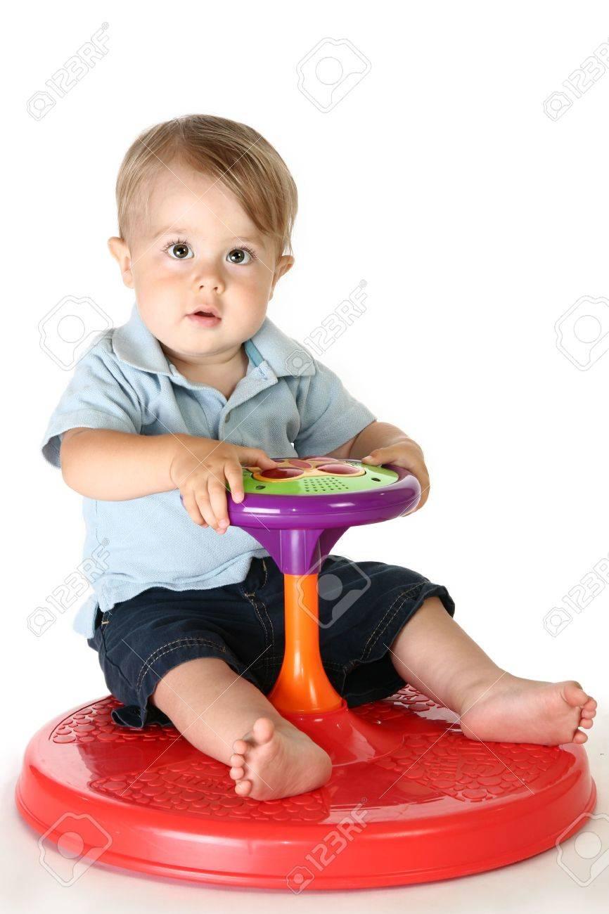 おもちゃ の 一 歳児