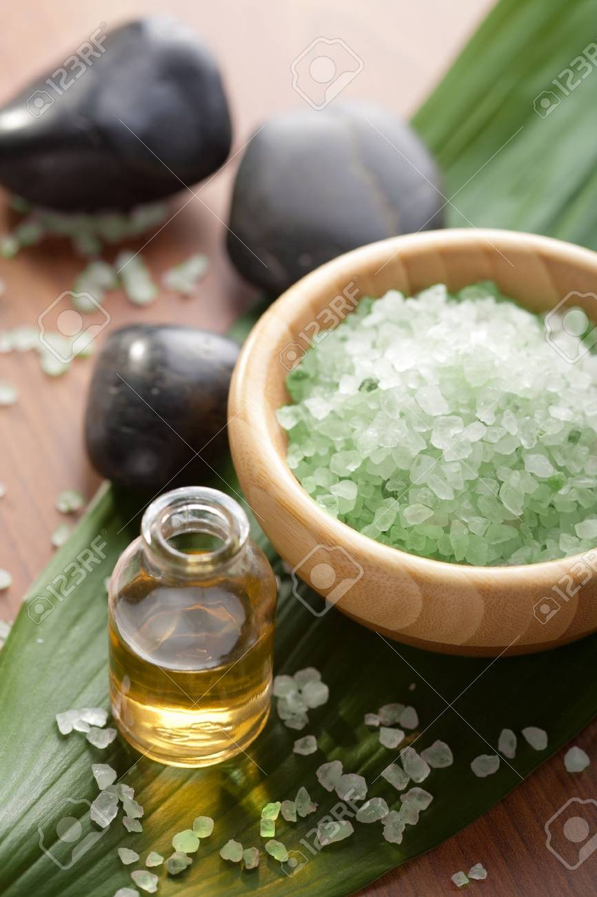 herbal salt and oil - 7858445
