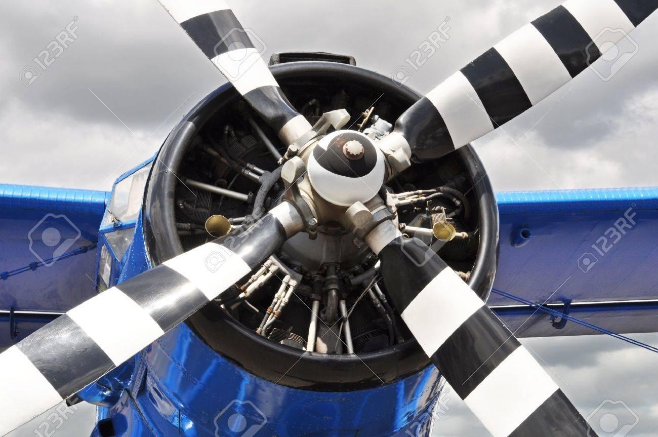 Vintage propeller airplane Stock Photo - 9948179