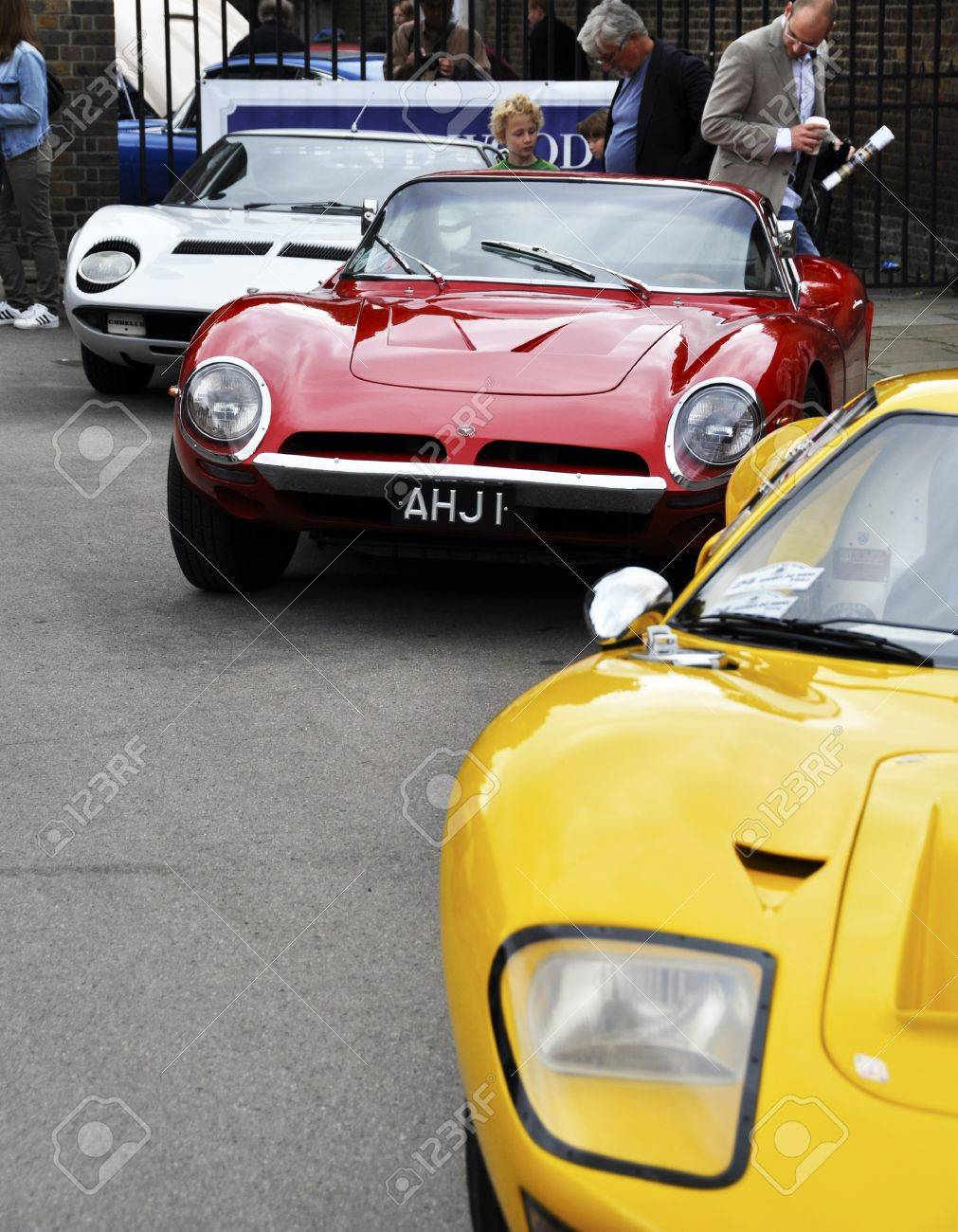 LONDON - SEPTEMBER 04: A Ford GT40, a Bizzarrini 5300GT Strada and a Lamborghini Miura at Chelsea AutoLegends, on September 04, 2011 in London. Stock Photo - 10500270