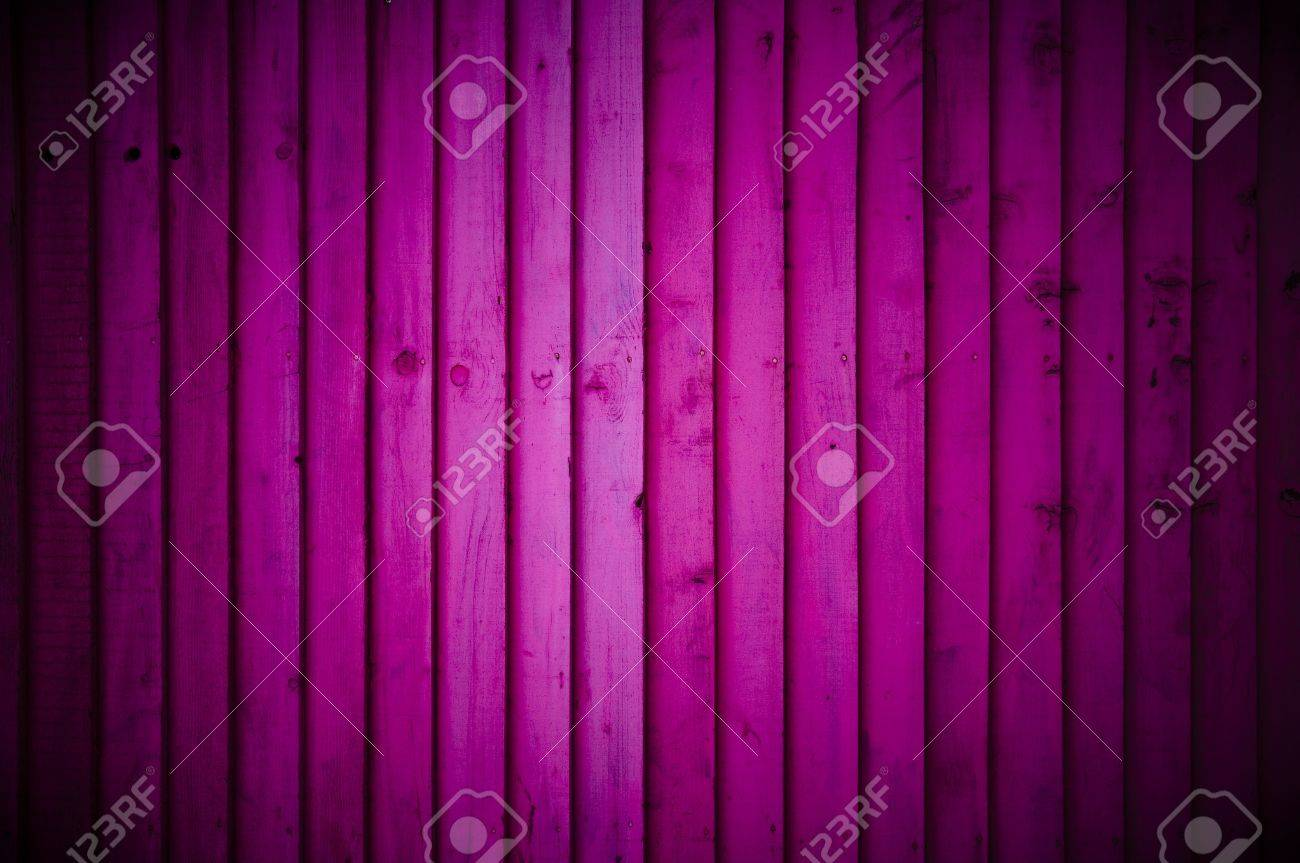 Pink wood wall background with vignette Stock Photo - 12859717