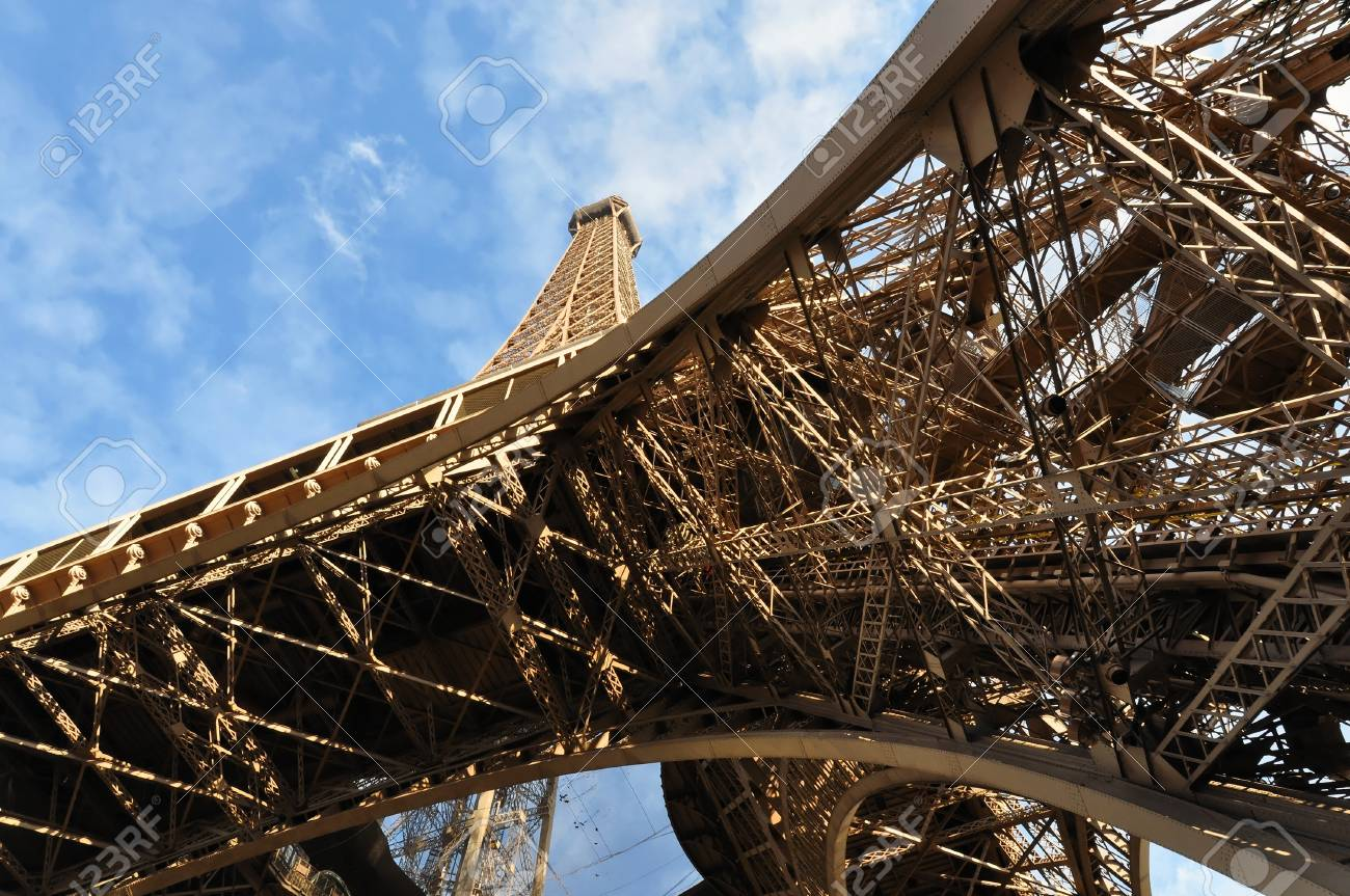 The Eiffel Tower in Paris, France Stock Photo - 18090952