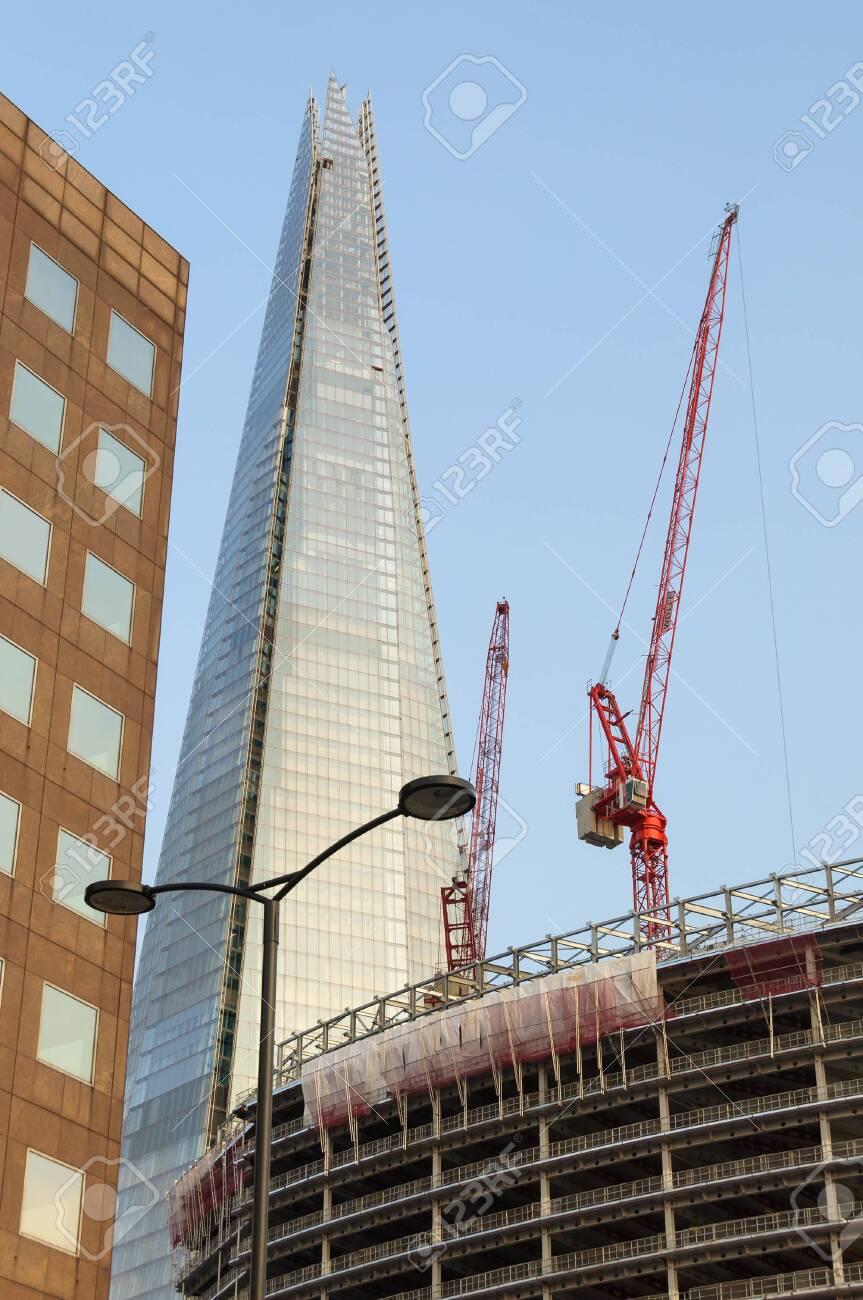 foto de archivo londres reino unido circa el casco es el edificio ms alto de europa en metros metros de altura