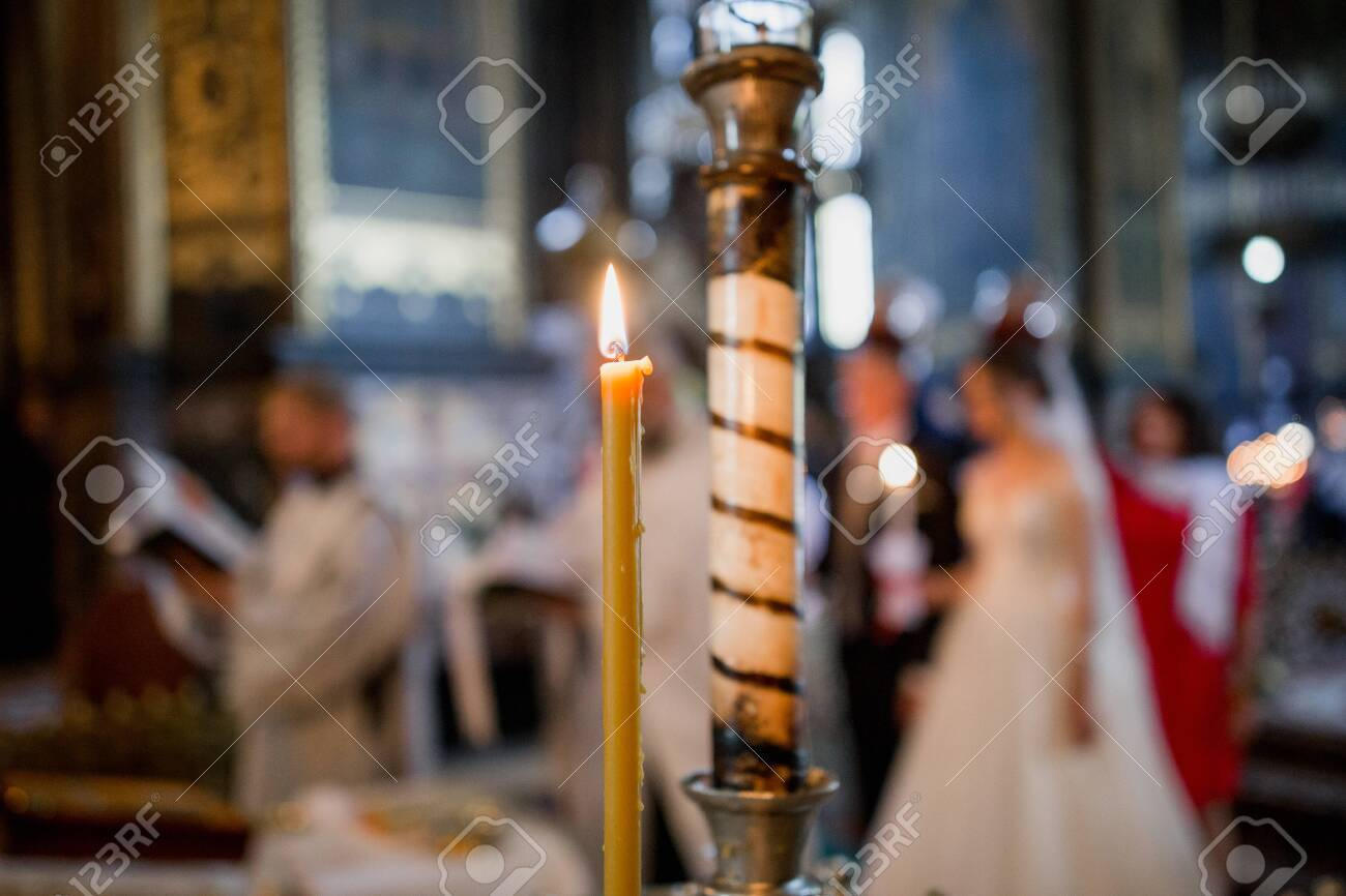 candles at the wedding of bride and groom - 148145108
