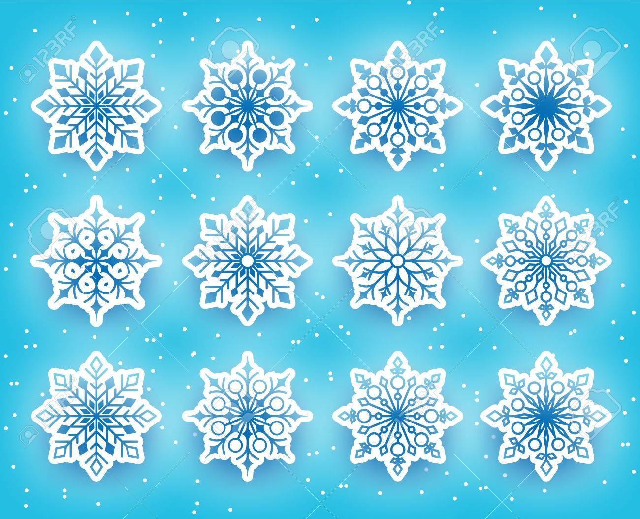美しい雪の結晶は、雪の背景の冬...