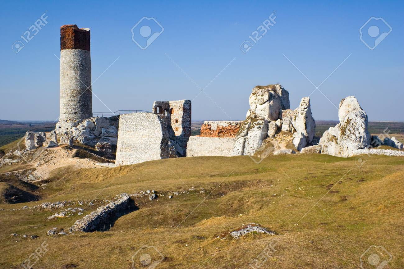 Olsztyn Castle - Poland. Medieval fortress in the Jura region Stock Photo - 16838035
