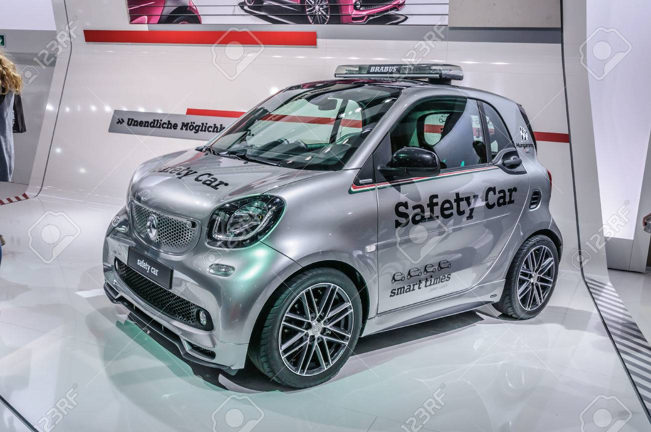 Smart Car Safety >> Frankfurt Sept 2015 Smart Fortwo Safety Car Presented At Iaa