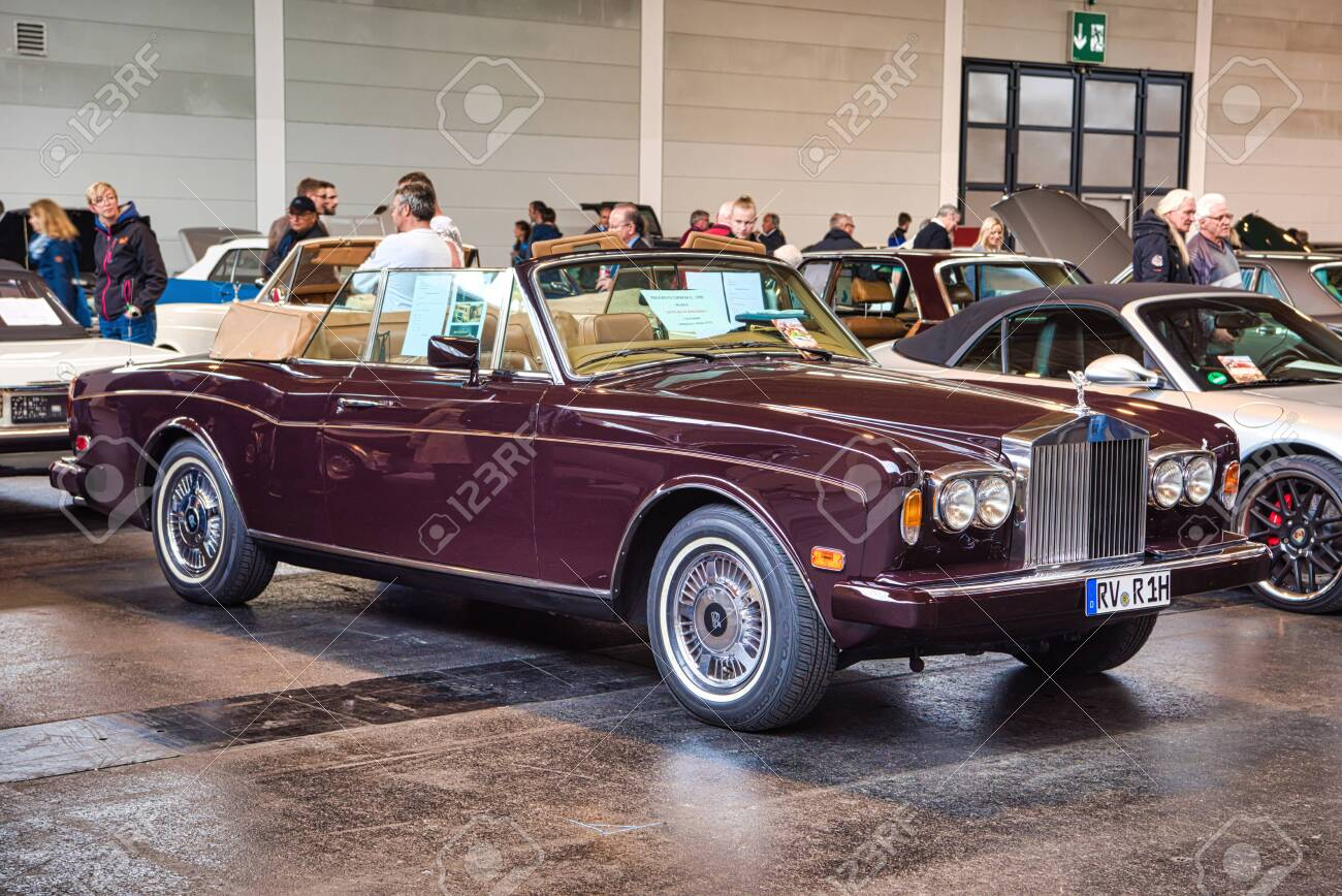 Friedrichshafen May 2019 Maroon Rolls Royce Corniche 2 Ii Stock Photo Picture And Royalty Free Image Image 128621269