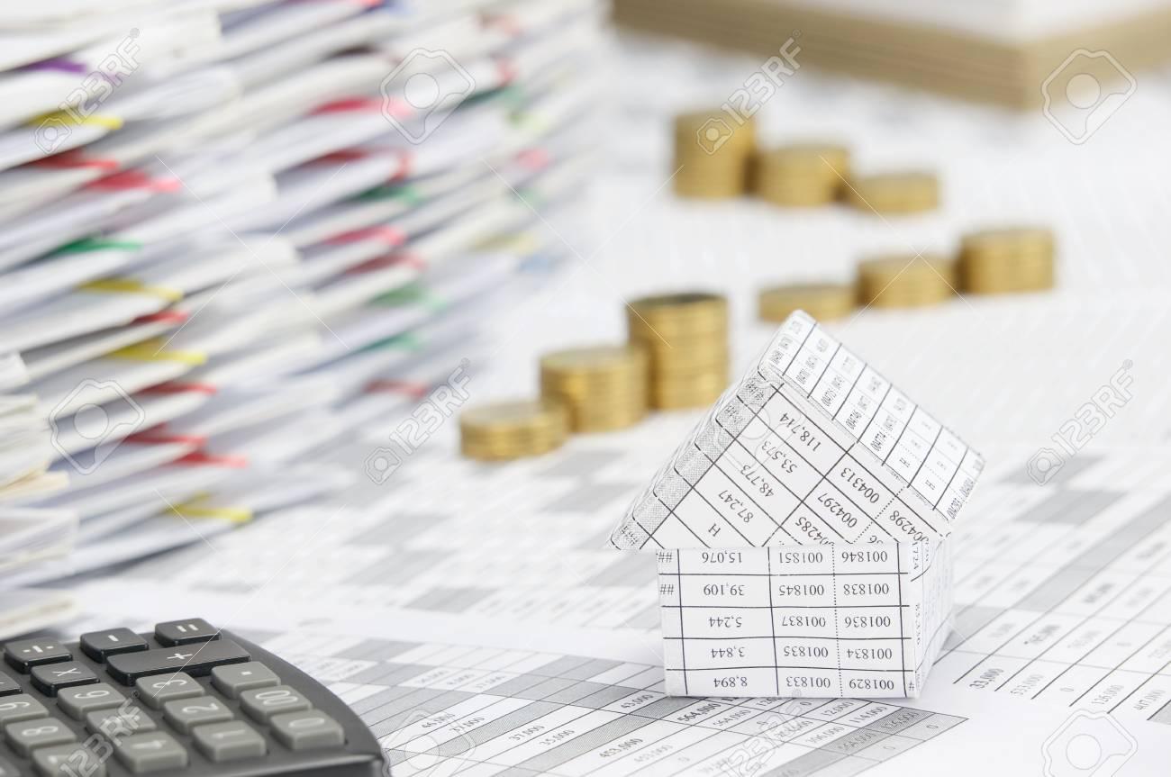 fermer la maison sur le compte de la finance ont flou pas pile de