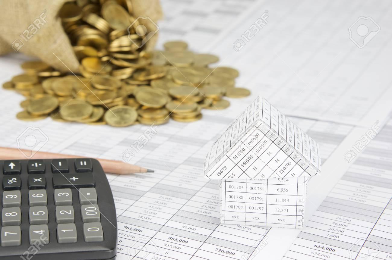 close up maison compte de financement ont brouiller la calculatrice