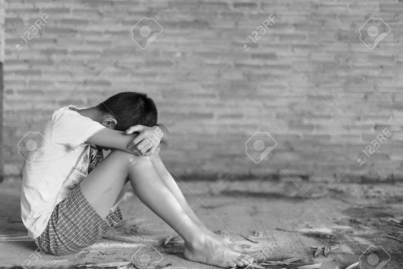 einsam alleine traurig