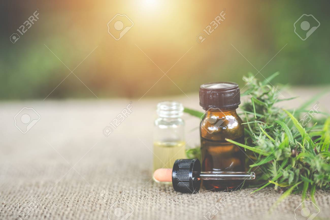 Cannabis oil, CBD oil cannabis extract, Medical cannabis concept. - 105355127