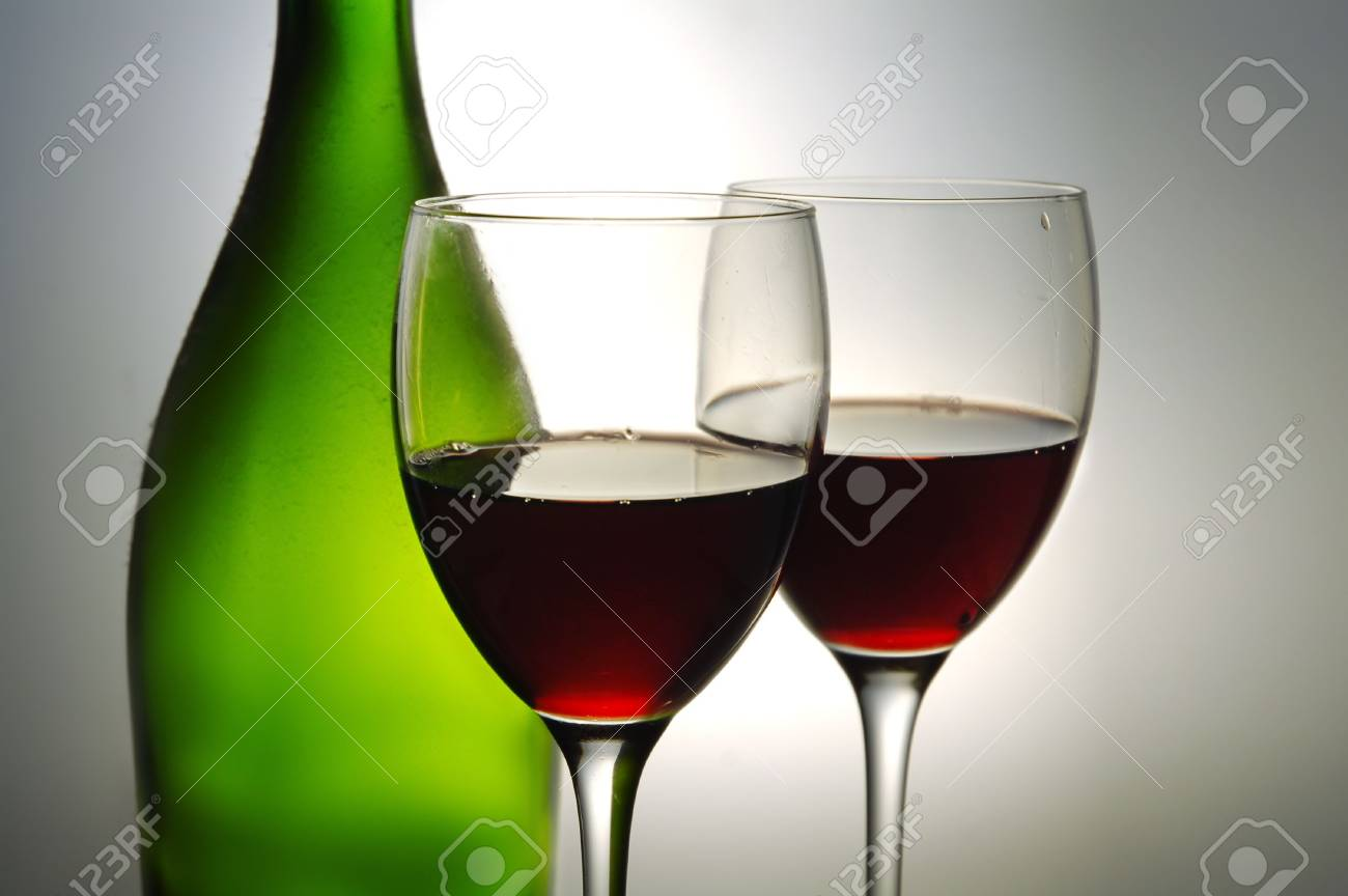 Red wine and green bottle Stock Photo - 3007130