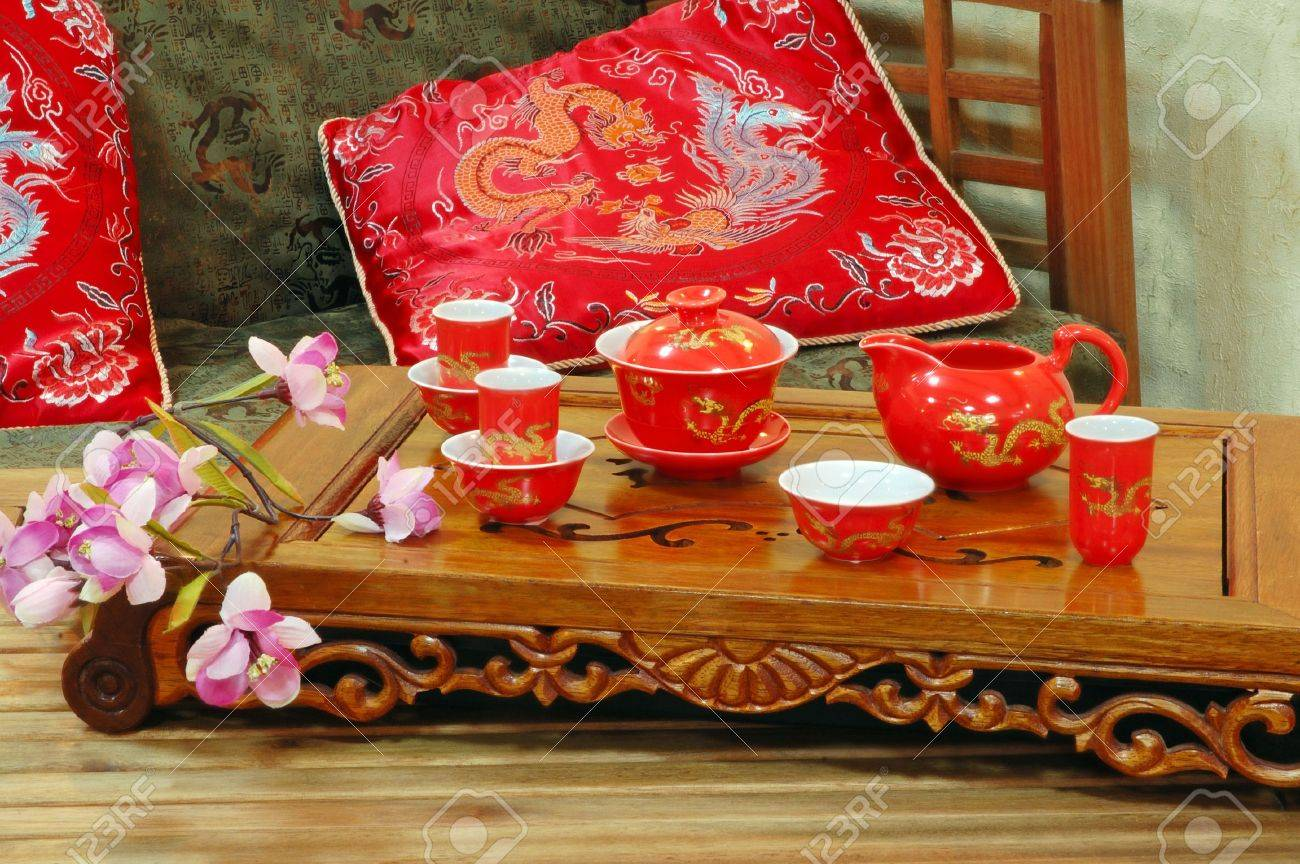 Table for tea ceremony in japanese or chinese restaurant. Stock Photo - 3703400