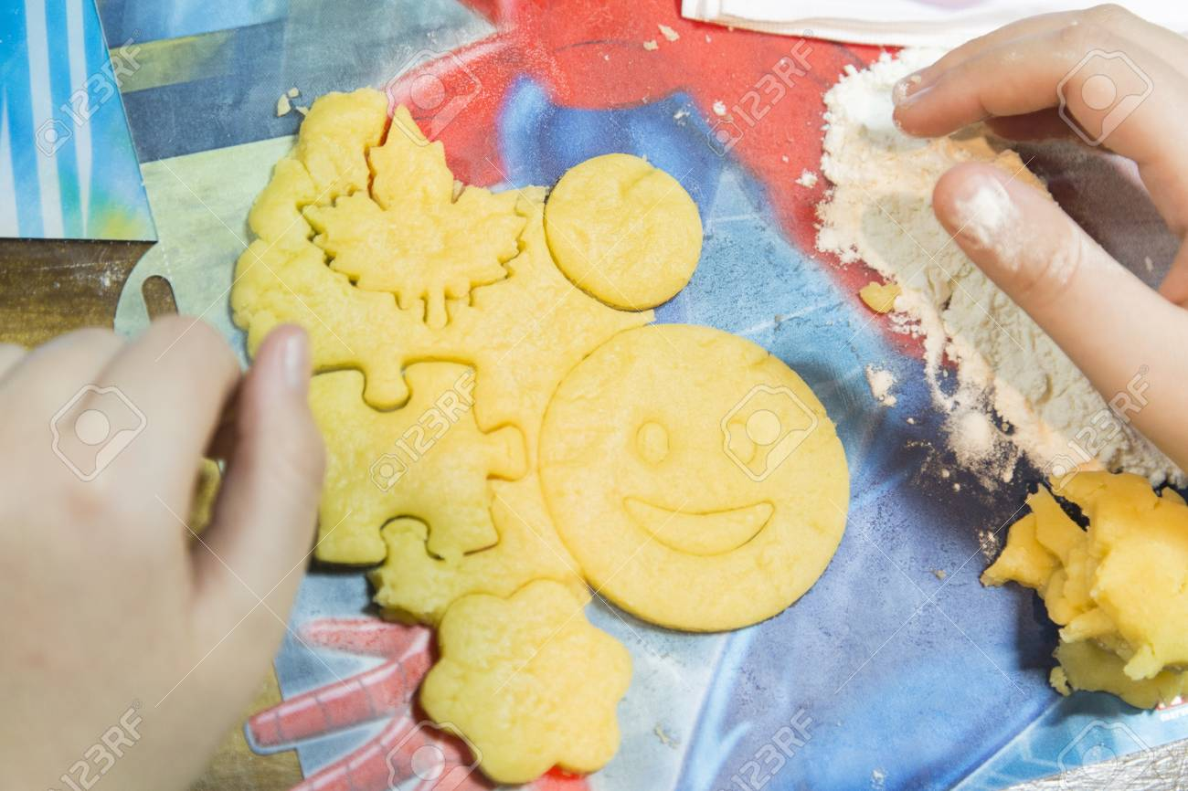 Children make cookies from their own form  Children make dough,