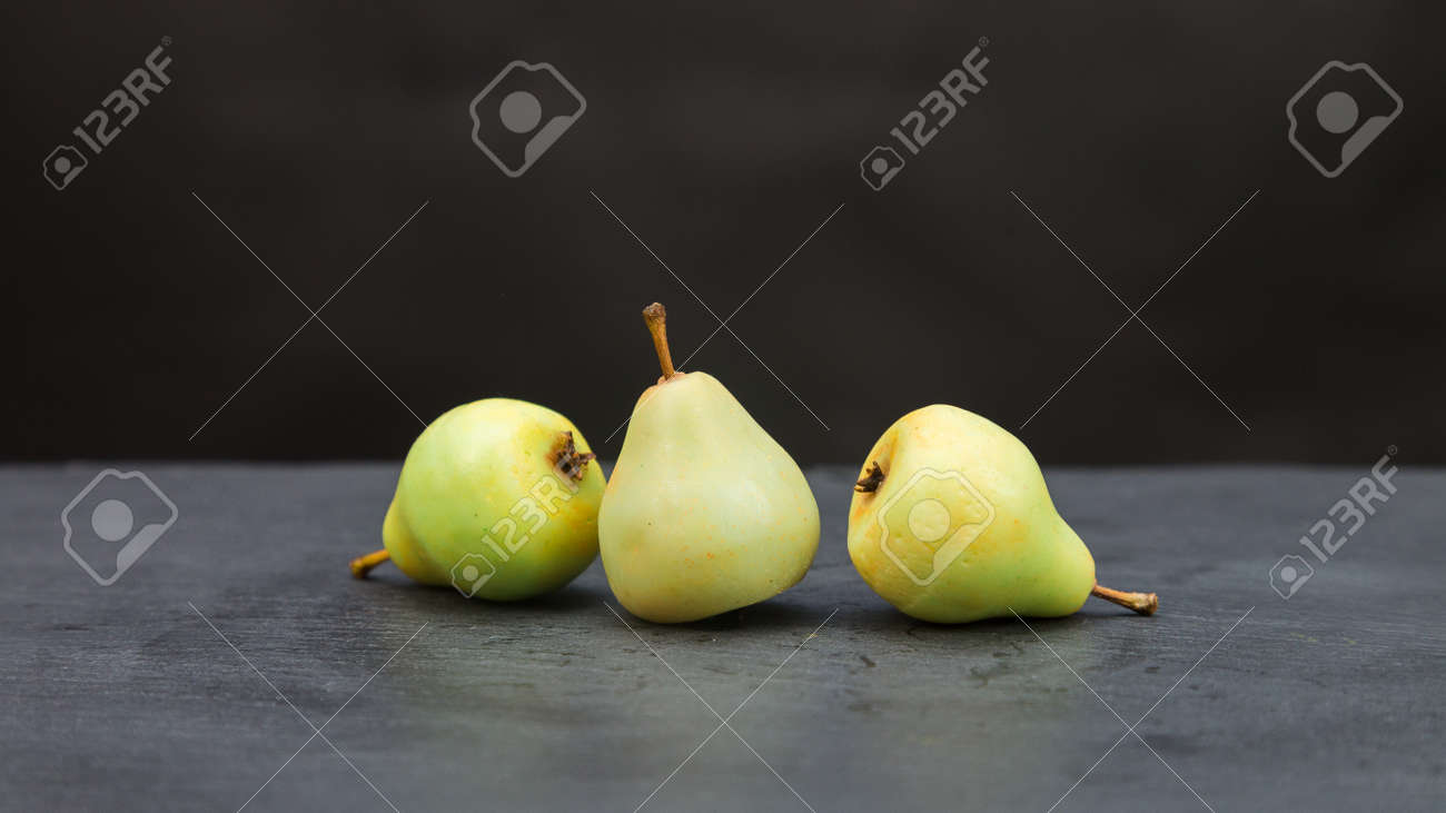 Fragrant handmade soap in the form of juicy pears. - 171685466