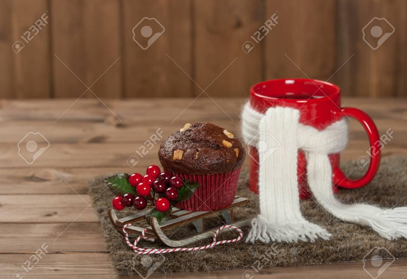 Muffin Au Chocolat Avec Des Pepites De Chocolat Blanc Tasse De The