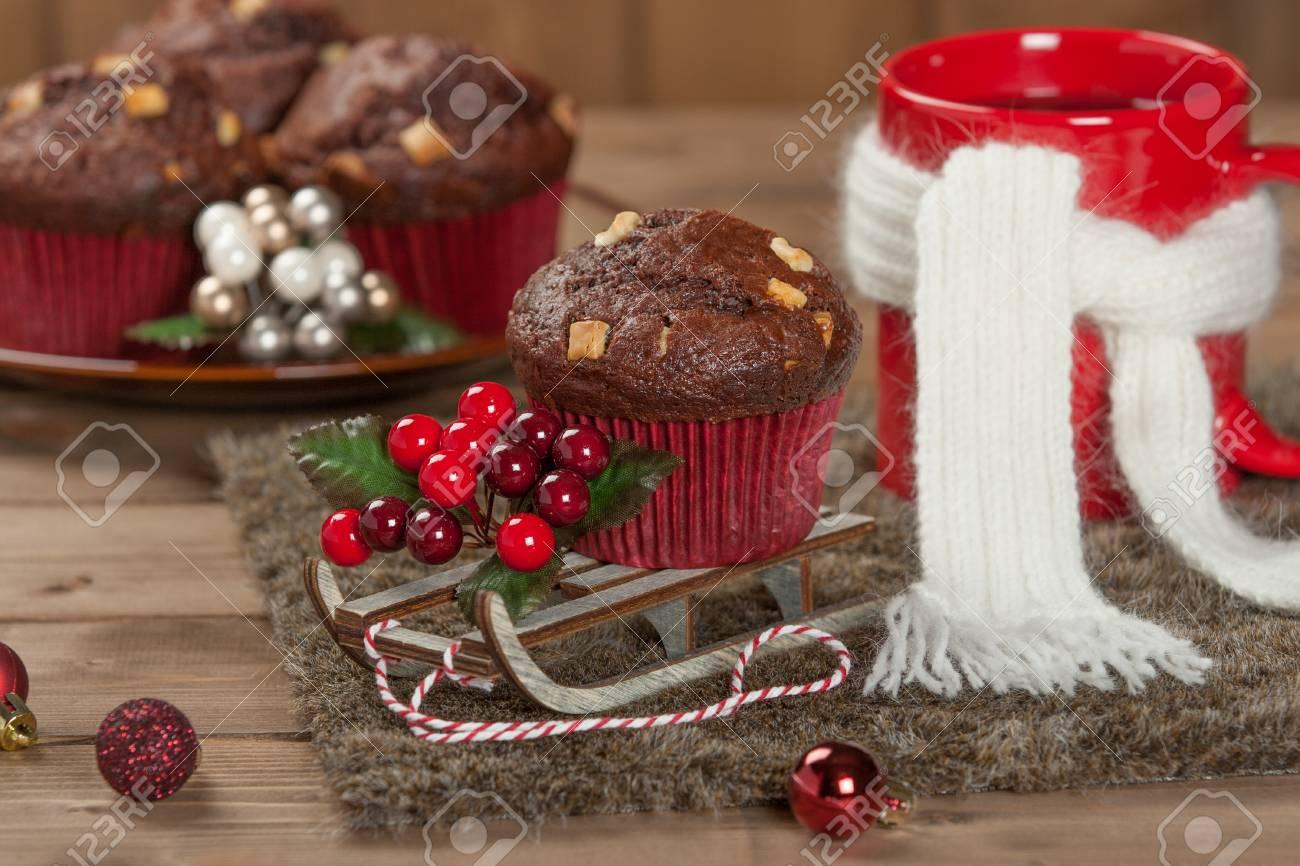 Muffins Au Chocolat Avec Des Pepites De Chocolat Blanc Tasse De The