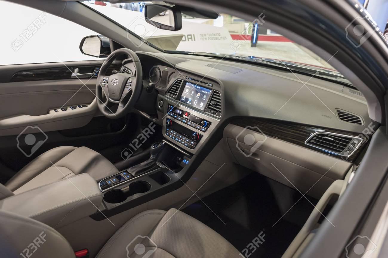 2015 Hyundai Sonata Hybrid >> Miami Beach Fl Usa November 6 2015 Hyundai Sonata Hybrid