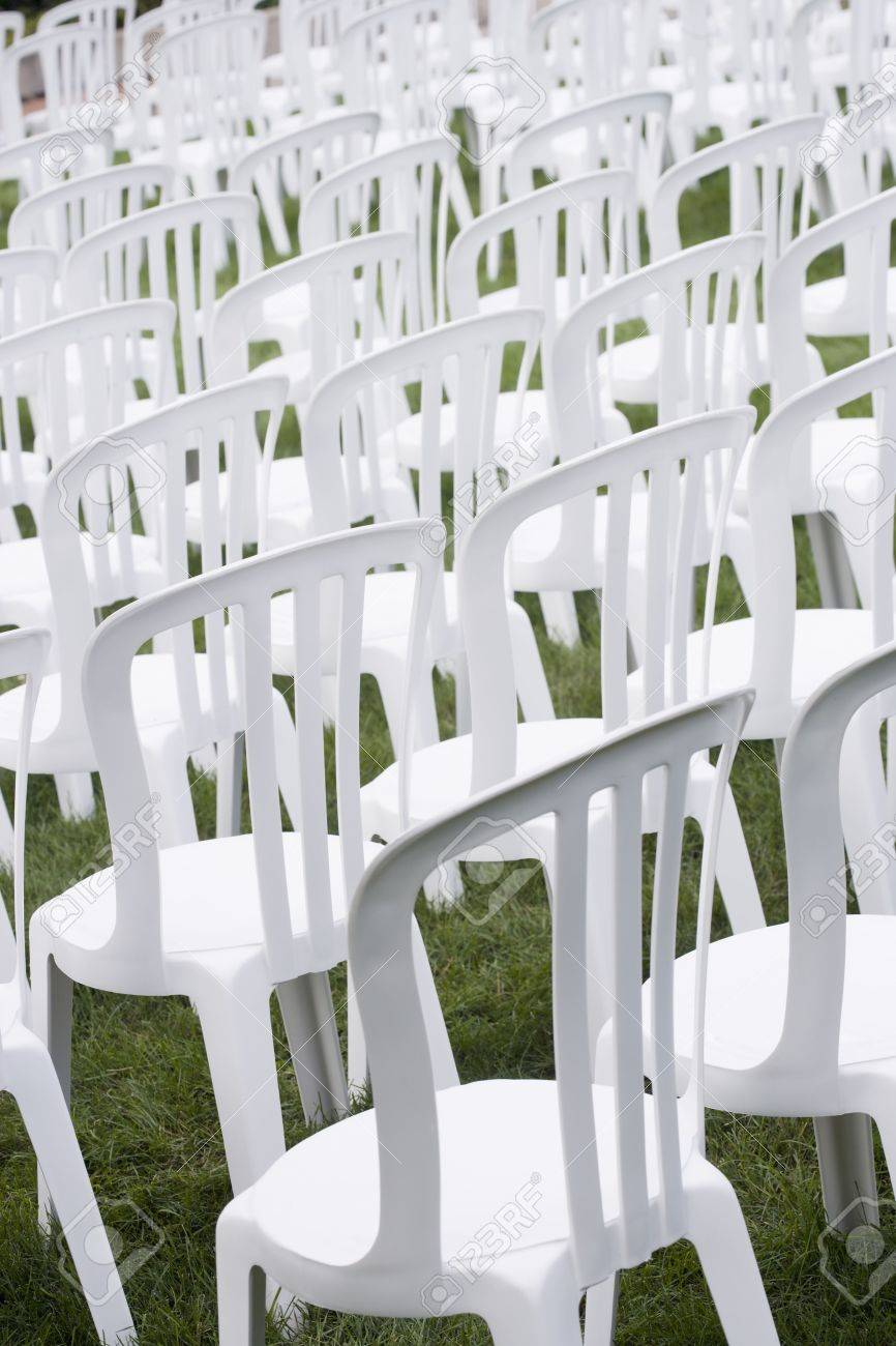 Stock Sedie In Plastica.Immagini Stock Sedie Di Plastica Bianca Impostato Per Un Evento