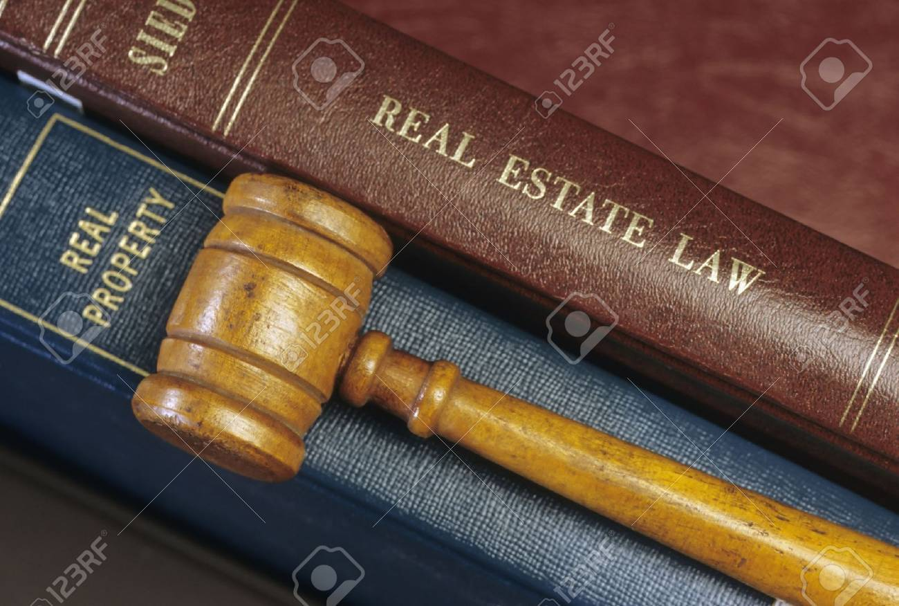 Real Estate Law Books and Gavel Stock Photo - 2418973