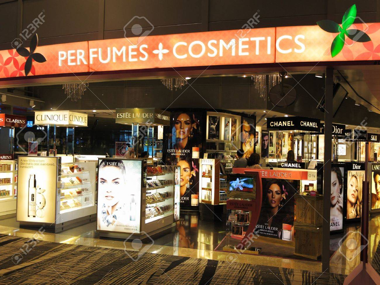 Singapore Changi Airport Terminal 3, March 3, 2011 - luxury perfume and cosmetics boutique retail outlet Stock Photo - 9243801