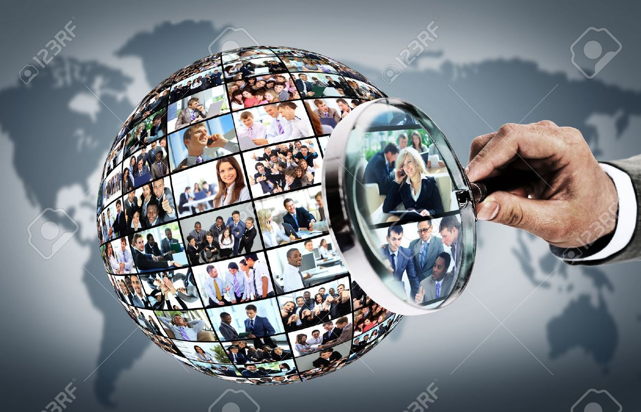 Human resource concept, magnifying glass searching people Standard-Bild - 48337100