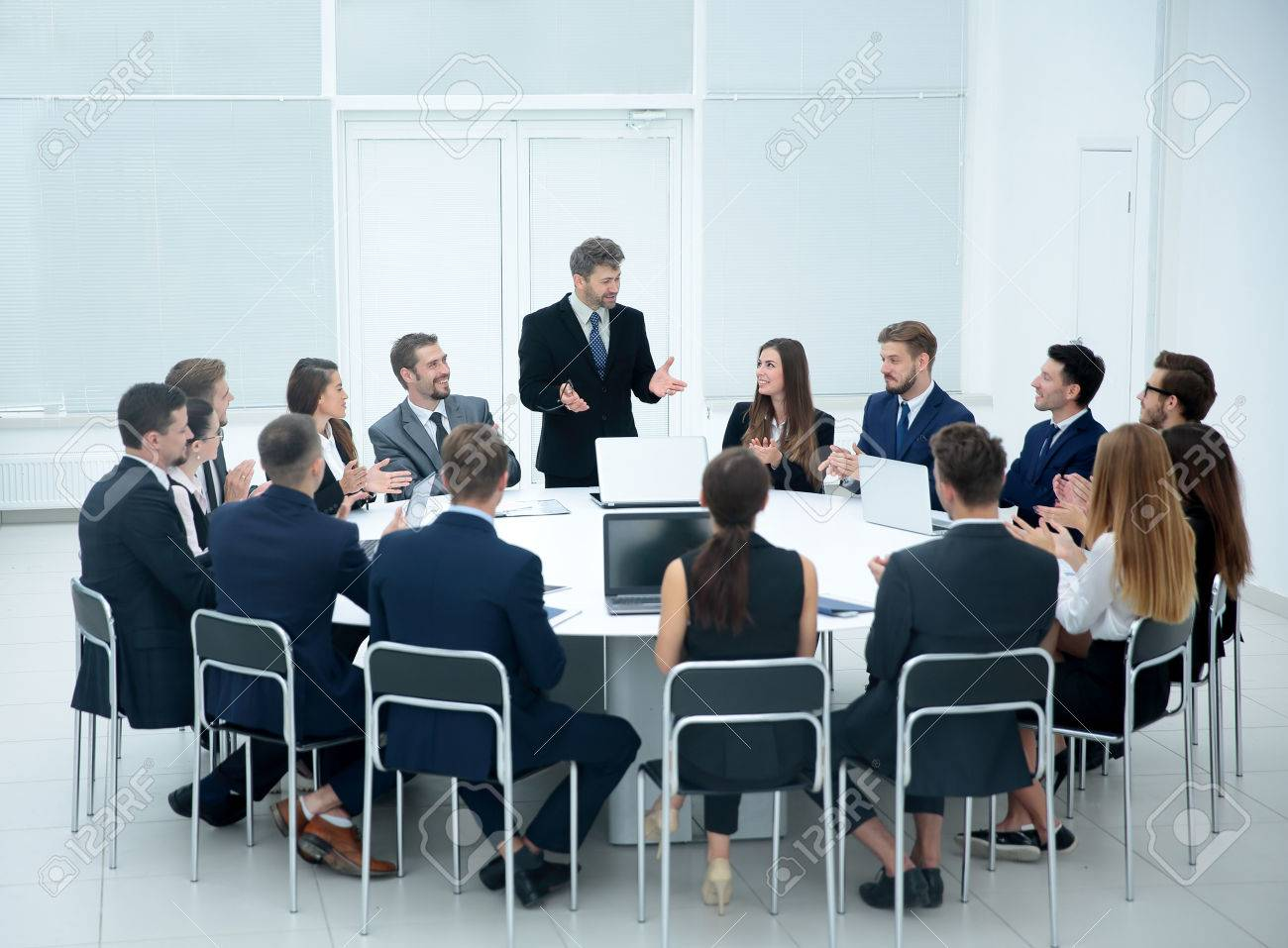 Superb Meeting Brainstorm Round Table Ideas Communication Discussion Interior Design Ideas Ghosoteloinfo