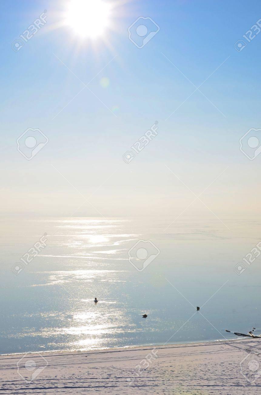 frozen lake Stock Photo - 16740253